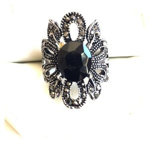 Flower macasite ring size 10.5